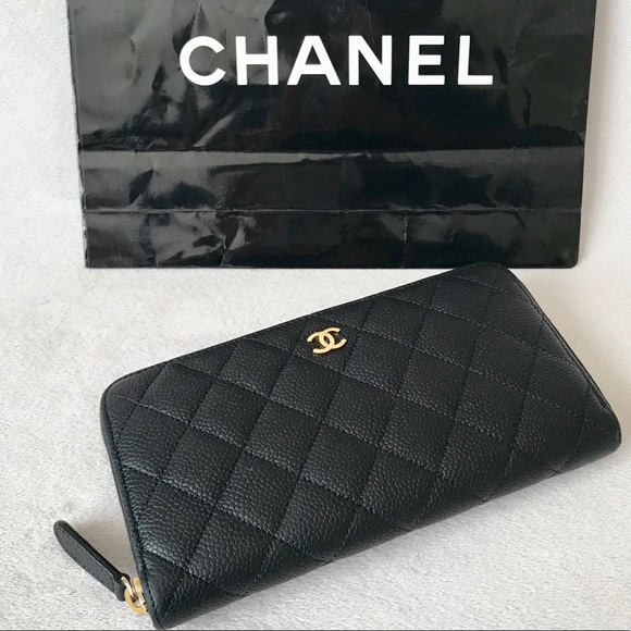 81ef5f90ec124f CHANEL Handbags - Auth CHANEL Black Caviar CC Long Zippy Wallet